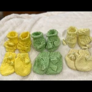 Baby Knitting booties and gloves